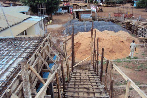 Faraja Healthcare in Himo, Tansania - 2011